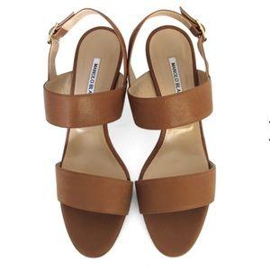 Manikin Blahnik khan chunky heel